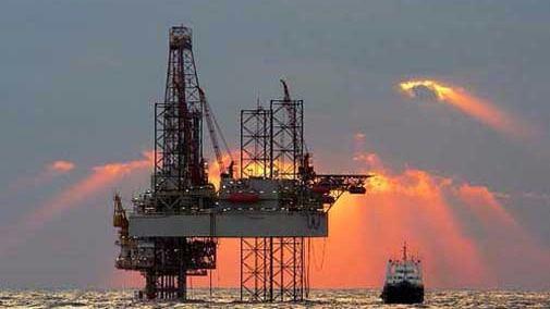 Los bajos precios del petróleo hunden los resultados de las petroleras estatales chinas