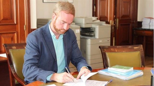 Ciudadanos y PP concluyen que el caso de Oscar Clavell no implica corrupci�n pol�tica