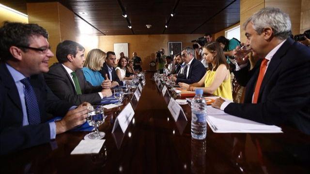 El PP se niega en rotundo a reformar las diputaciones y el Senado, según Ciudadanos