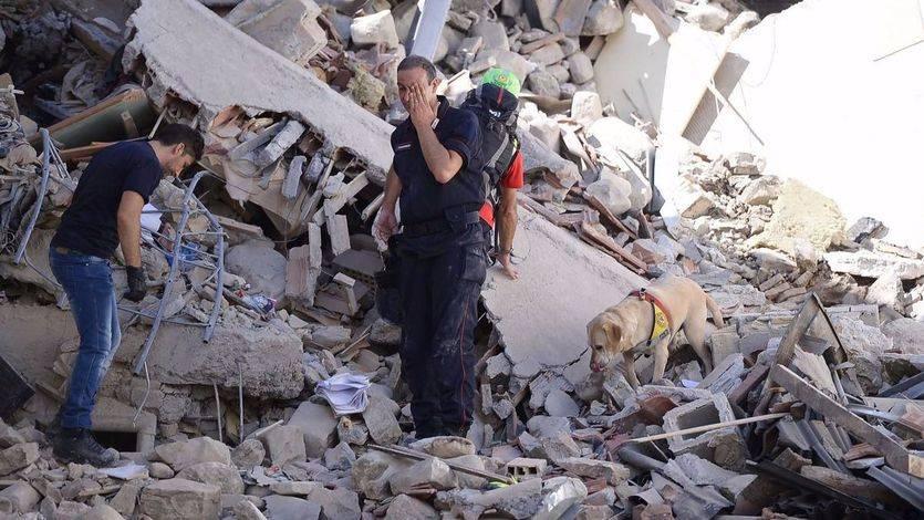 La tragedia de Amatrice sigue sumando víctimas mortales por el terremoto: ya son 267