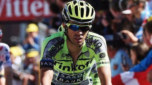 El belga Van Genechten (IAM) gana en un final de etapa con caída de Contador y 'Samu' Sánchez