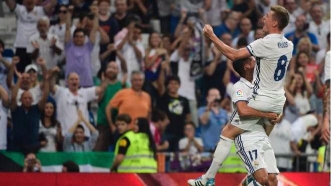 El Celta roza la sorpresa en el Bernabéu pero un golazo de Kroos lo apuntilla (2-1)