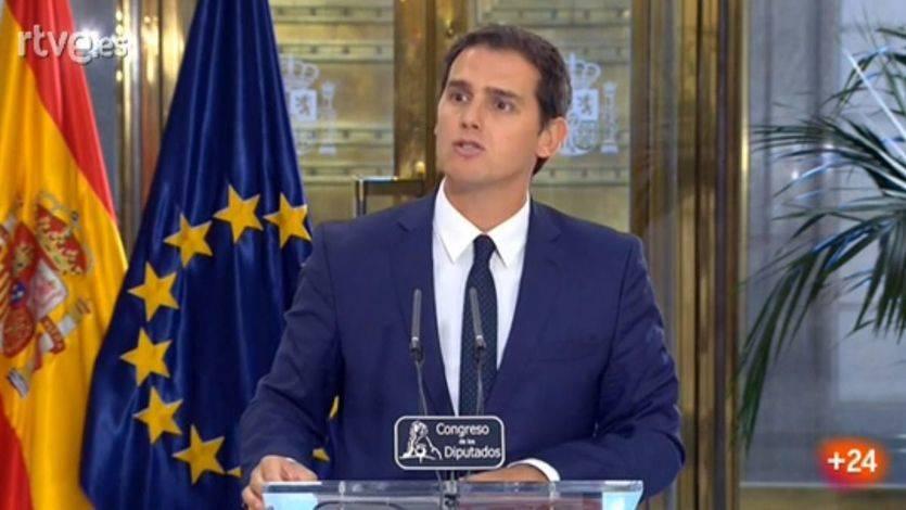 'Los recortes se van a acabar'. Rivera explica por qué votará sí a Rajoy