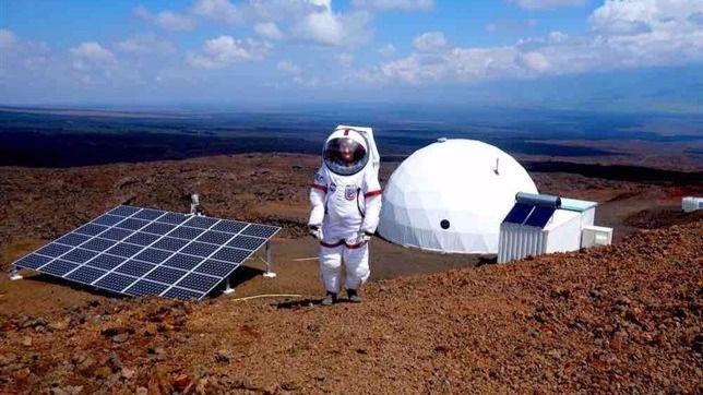 Culmina un año de aislamiento de 6 científicos en un Marte simulado