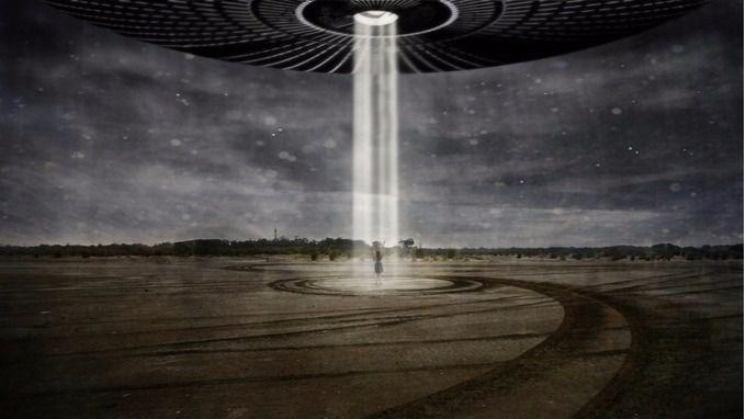 Una fuerte señal en el espacio reabre el debate eterno acerca de la existencia de vida extraterrestre
