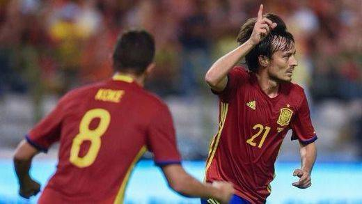 La Roja vuelve por sus señas de identidad y torea a Bélgica en el debut de Lopetegui (0-2)