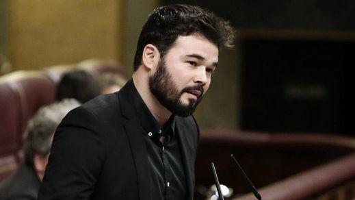 Rufián y su 'show' en el Congreso arrasa en las redes: llamó 'Señor Ibex' y 'Smithers' a Rivera