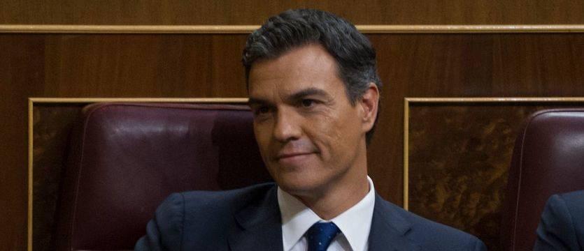 Según la SER, el plan de Sánchez es gobernar bajo un pacto rocambolesco