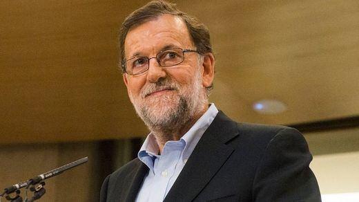 > Rajoy evita el 'caso Soria' en su primera intervención pública tras dar marcha atrás