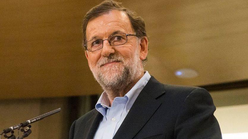 Rajoy evita el 'caso Soria' en su primera intervención pública tras dar marcha atrás