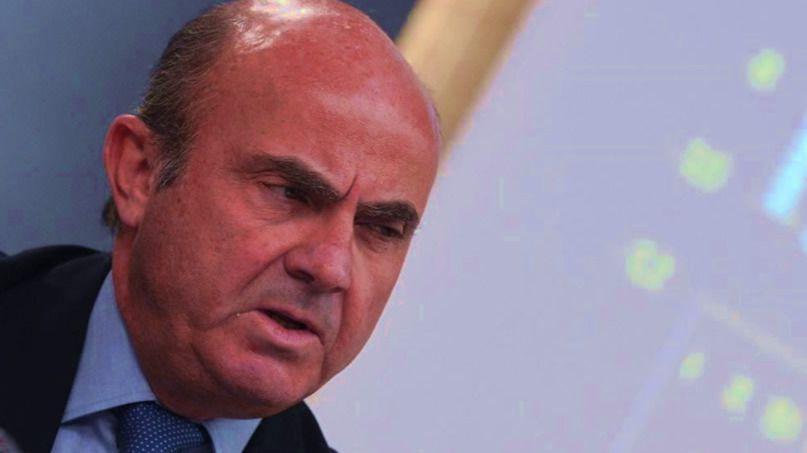 De Guindos sorprende cargando contra el PP en su libro 'España Amenazada'