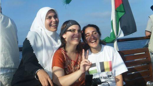 Mujeres por y para las mujeres: la Flotilla de la Libertad rinde homenaje a la resistencia de la mujer palestina