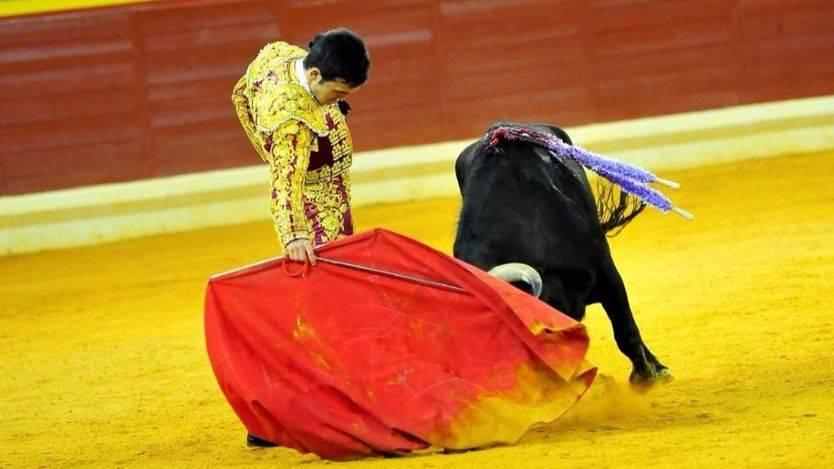 Albacete: oreja al valor de Cristián Pérez, un novillero a la antigua