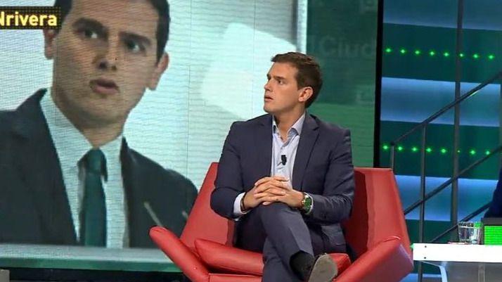 Rivera descarta un Gobierno PSOE-Podemos porque 'duraría poco' y 'no convence ni a los socialistas'