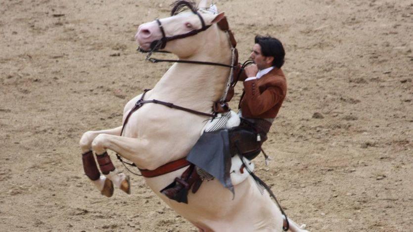 Albacete: triunfalismo a tope en la corrida de rejoneo, con Ventura y Munera a hombros