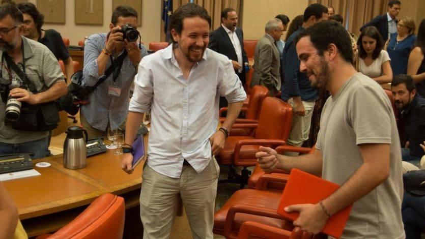 IU echa en cara a Podemos que 'esconda' a Garzón en el reparto de sillas