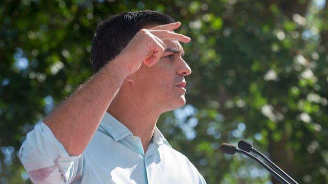 'El País' sigue achuchando al PSOE para que permita gobernar al PP