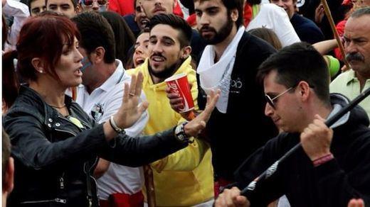 Tordesillas celebra su primer Toro de la Vega 'light' con cierta tensión