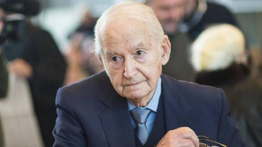 La Justicia en Alemania no conoce límites: un enfermero de Auschwitz de 95 años, a juicio por la muerte de 3.600 personas