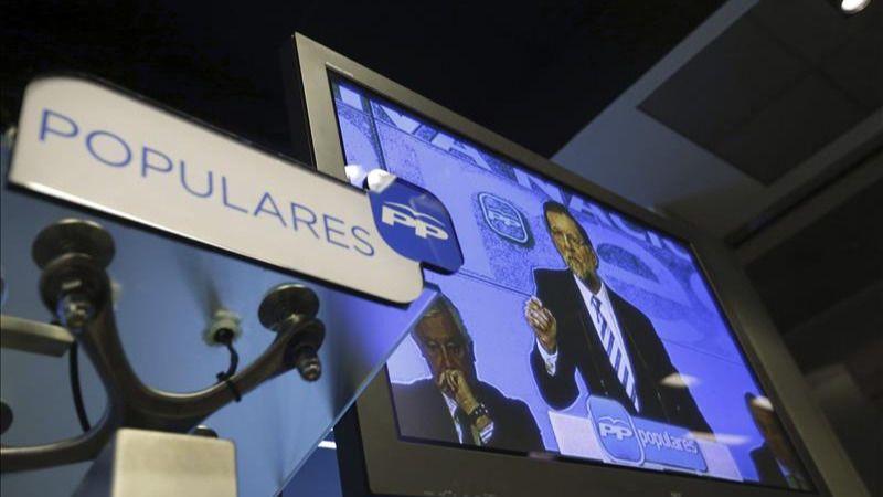 Rajoy vuelve al plasma-avestruz