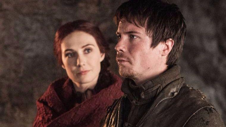 Gendry y Melisandre de Juego de Tronos