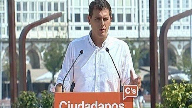 Rivera incorpora a Savater y Sosa Wagner a su campaña en País Vasco y pide el apoyo de UPyD (para cabreo de Rosa Díez)