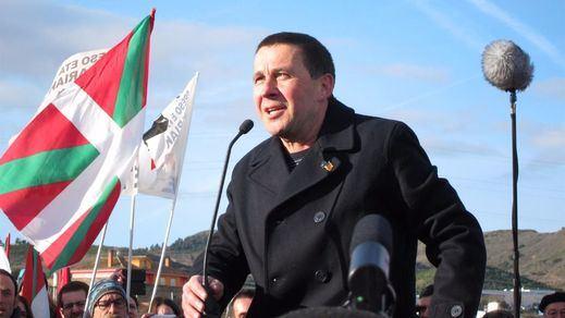 Otegi ofrece a Podemos un trío con el PNV al estilo navarro