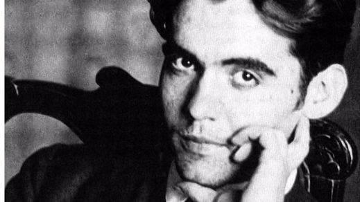 Las excavadoras vuelven a la carga para hallar los restos de García Lorca