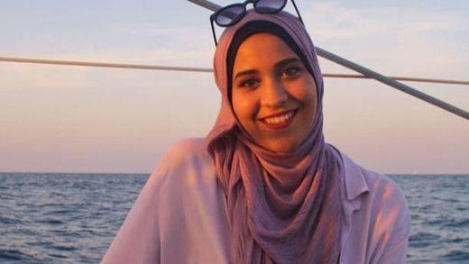 La alumna musulmana de un instituto valenciano regresa hoy a clase con su hiyab