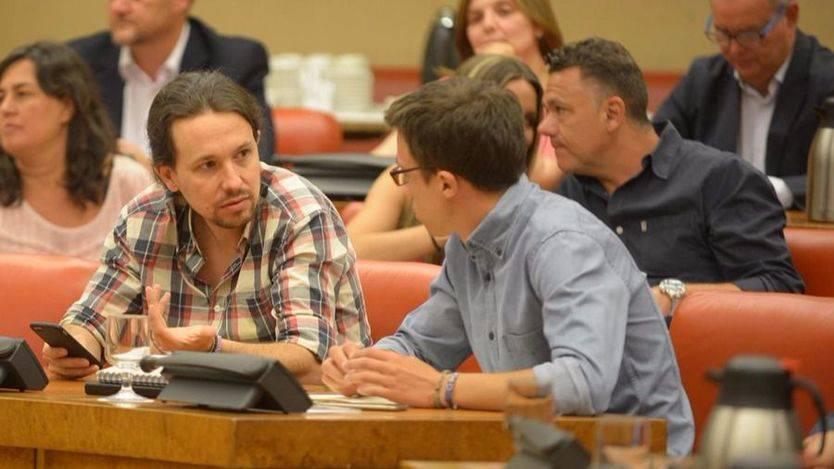 Iglesias culpa a Errejón de reabrir el debate interno durante la campaña vasca y gallega
