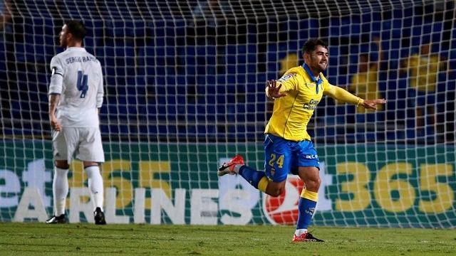 El Real Madrid se atraganta en Las Palmas con el segundo empate consecutivo (2-2)
