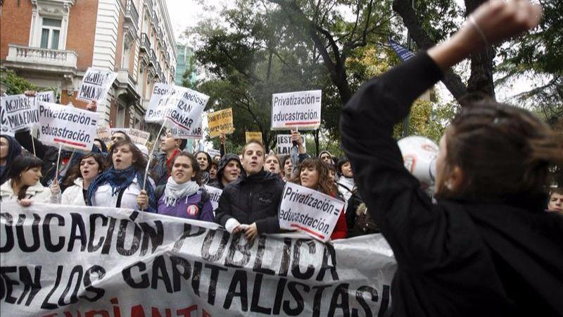 El Sindicato de Estudiantes convoca una huelga el 26-O contra 'las reválidas franquistas'