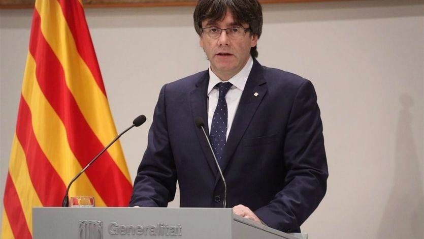 Puigdemont disfraza de legal un referéndum unilateral sobre la independencia de Cataluña