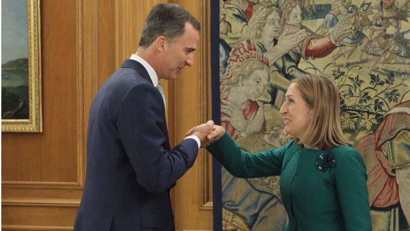 Audiencia de su majestad Felipe VI y la presidenta del Congreso, Ana Pastor