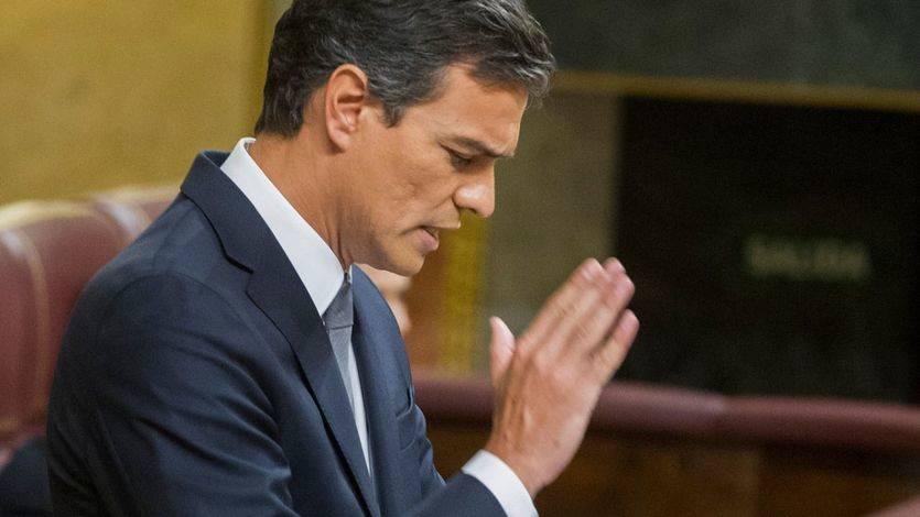 Los críticos de la Comisión de Garantías dan por 'disuelta' la Ejecutiva de Sánchez