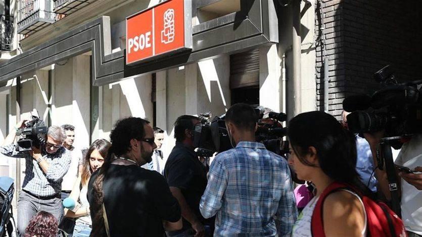 La gestora del PSOE arranca hoy su andadura con la investidura de Rajoy como principal reto