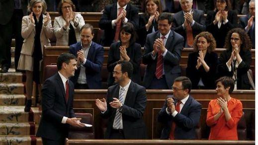 Fernández atará en corto al Grupo Parlamentario Socialista el martes: no habrá libertad de voto