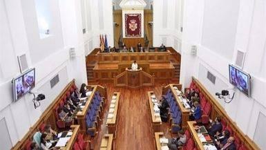 Podemos escenifica la ruptura con Page bloqueando las resoluciones del PSOE