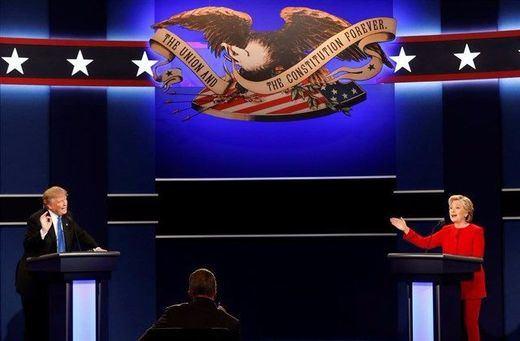 Trump y Clinton, segundo asalto con el republicano acosado incluso por los suyos