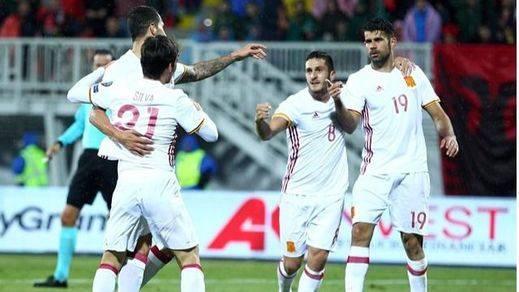La Roja le echa mucha paciencia para derribar la muralla de Albania y cumplir (0-2)