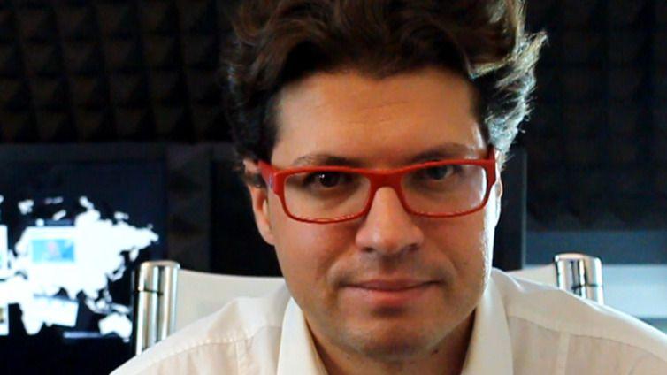 Fernando Berlín: 'No existen grandes medios de comunicación de izquierdas'