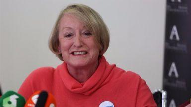 Yvonne Blake se confirma como presidenta de la Academia de Cine tras unas elecciones deslucidas por la baja participaci�n