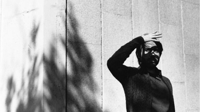 El polifacético Anthony Ocaña entra 'In trance' y nos ofrece un originalísimo disco