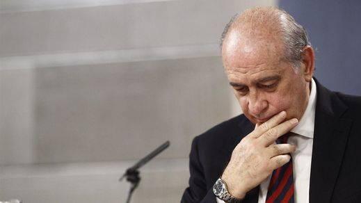 Todos los partidos, excepto el PP, reprueban al ministro Fernández Díaz por el caso de las grabaciones