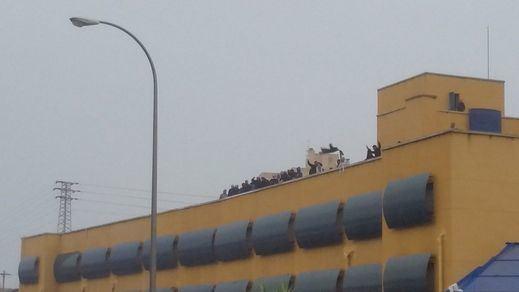 Finaliza el motín en el Centro de Internamiento de Extranjeros de Aluche tras 11 horas de tensión