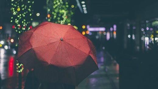 España, pasada por agua: las previsiones de lluvia que arruinarán el fin de semana