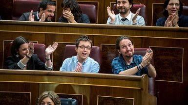 La guerra con Podemos por liderar la oposici�n no espera ni a Rajoy