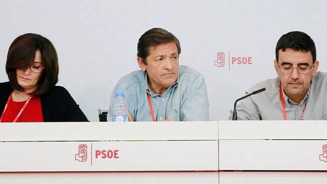 'No' rotundo de la gestora del PSOE a las abstenciones a la carta entre la bancada socialista