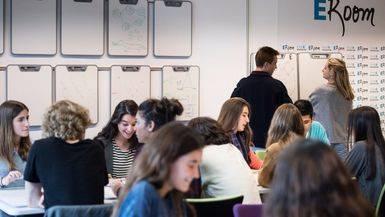 ESADE reinventa su modelo de aprendizaje para afrontar los retos de la globalizaci�n y la revoluci�n digital