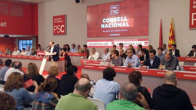 El PSOE califica de 'ruptura unilateral' la decisión del PSC de mantener el 'no es no'